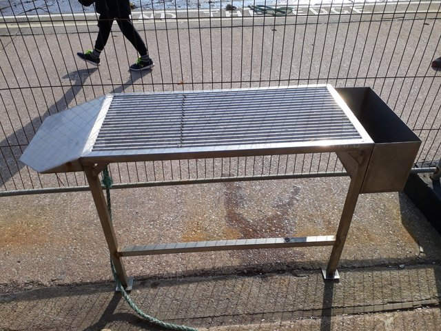 Stainless steel filleting table / welk riddler - picture 1
